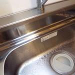 1.シンクの上の部分が水垢が付きやすい。水垢を掃除してから作業